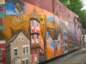 Murals adorn many buildings in Pilsen. Photo by Nina Molina